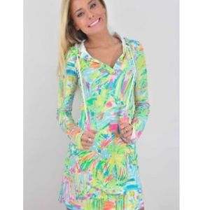 NWT Lilly Pulitzer UPF50+ Rylie cover-up, S